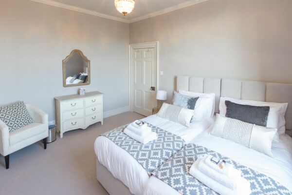 Bedroom, Ainslie's Belvedere Serviced Accommodation, Bath