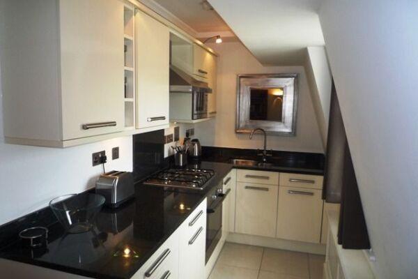 Kitchen, Herschel Heights Serviced Accommodation, Bath
