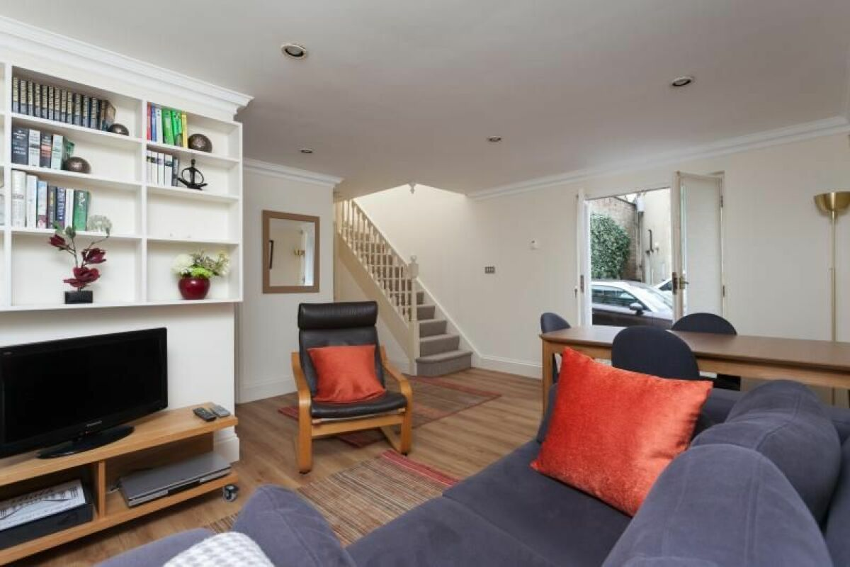 Living Area, Circus Mews Serviced Accommodation, Bath