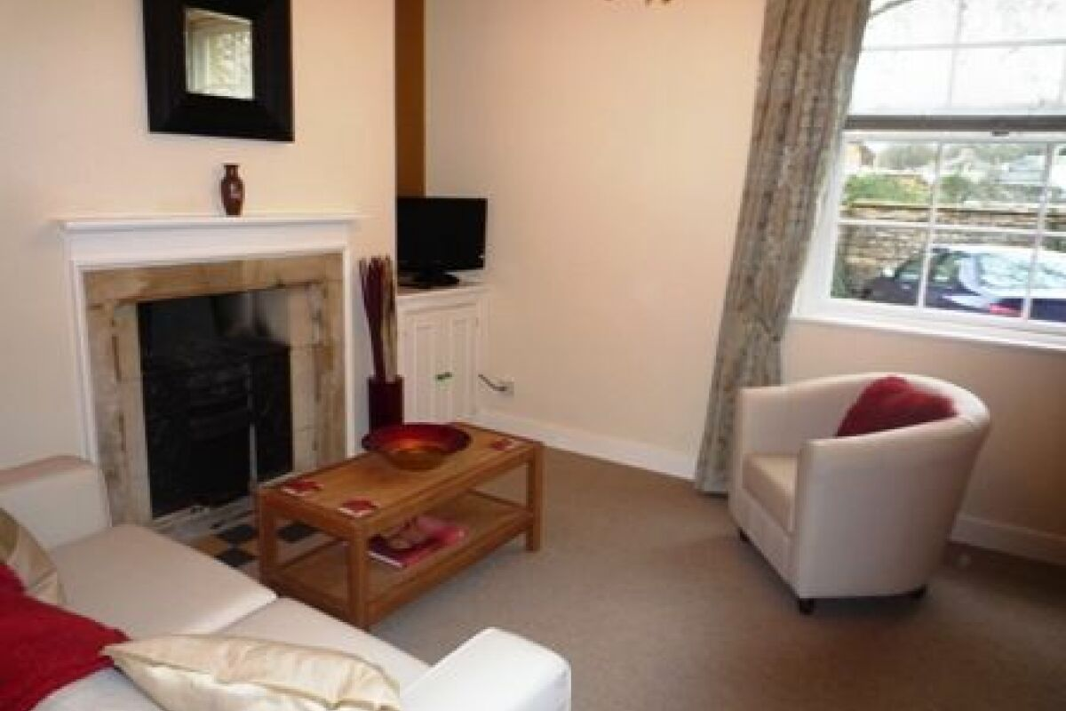 Living Area, Orchard Courtyard Serviced Accommodation, Bath