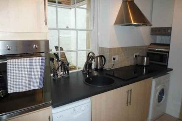 Kitchen, Orchard Courtyard Serviced Accommodation, Bath