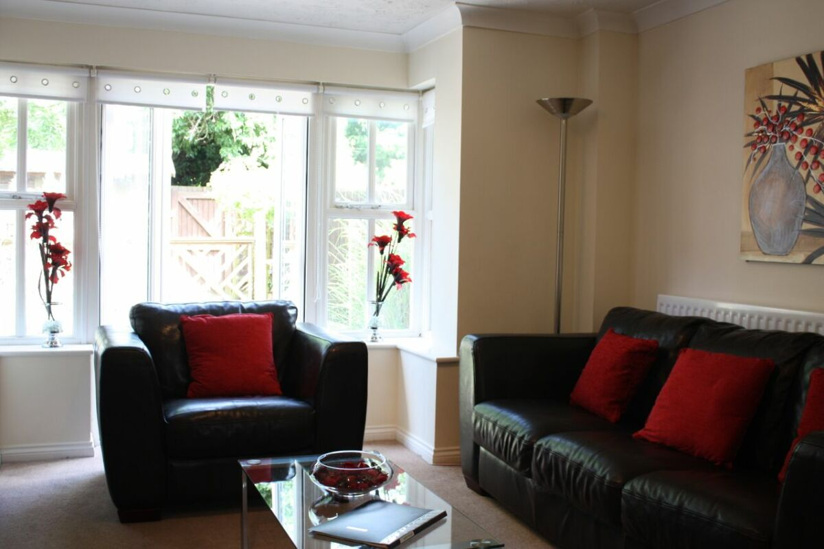Living Room, Bevan Gate Serviced Apartments, Bracknell