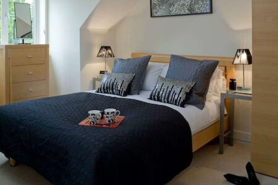 Darwin Place Accommodation - Bracknell, United Kingdom