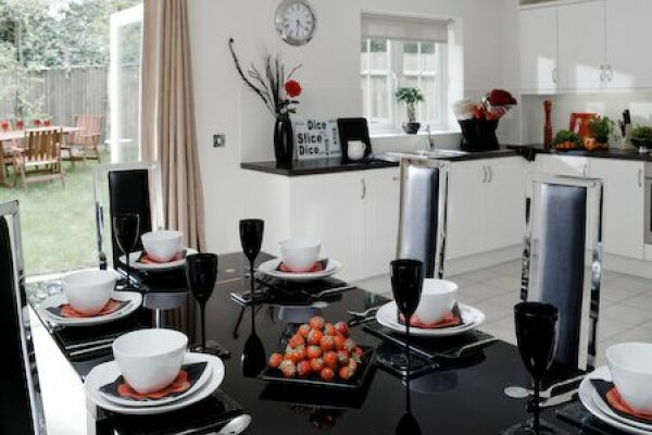 Dining Room, Darwin Place Serviced Apartments, Bracknell