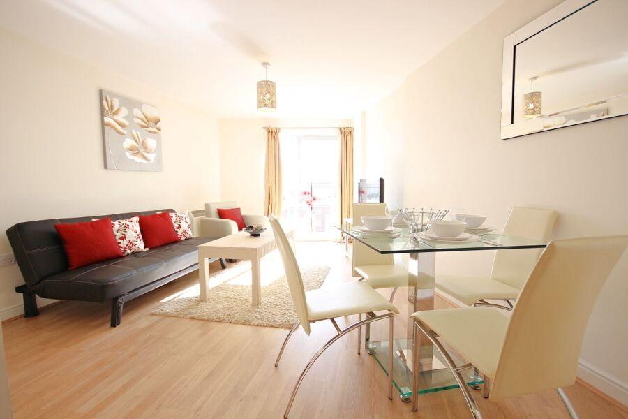 Kelvin Gate Apartments (BR) - Bracknell, United Kingdom