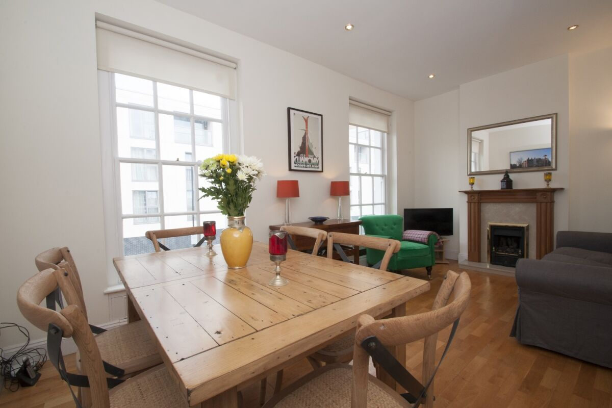 Living Room, Upper Tachbrook Street Serviced Apartments, Pimlico, London