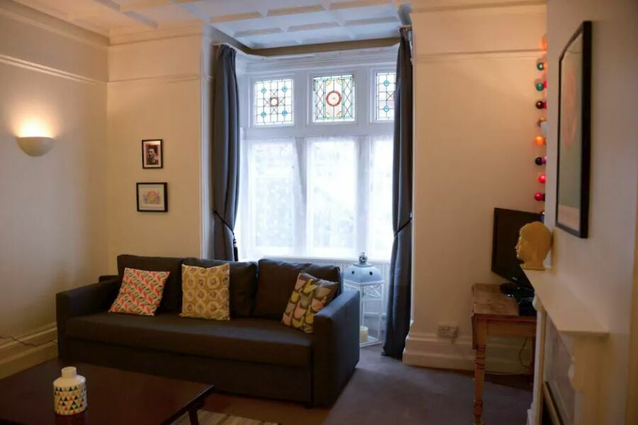 Queens Road Apartment (WA)