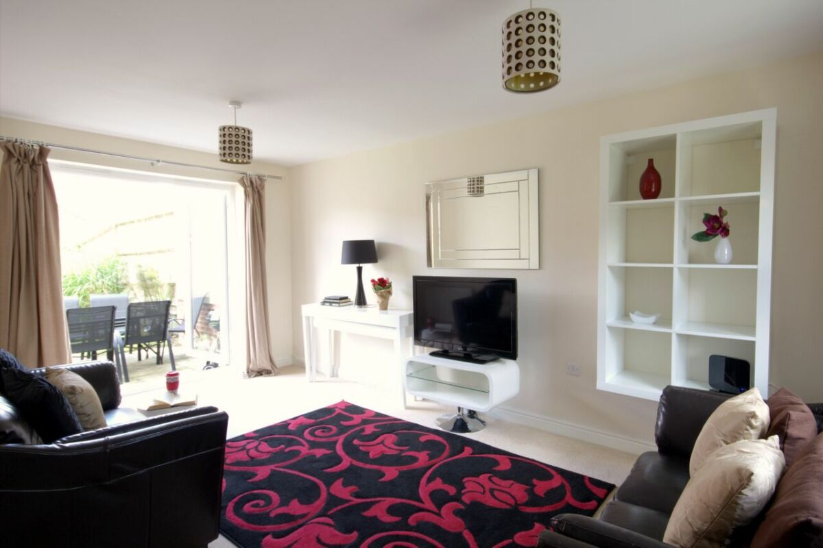 Living Area, Osprey Avenue Serviced Apartments, Bracknell