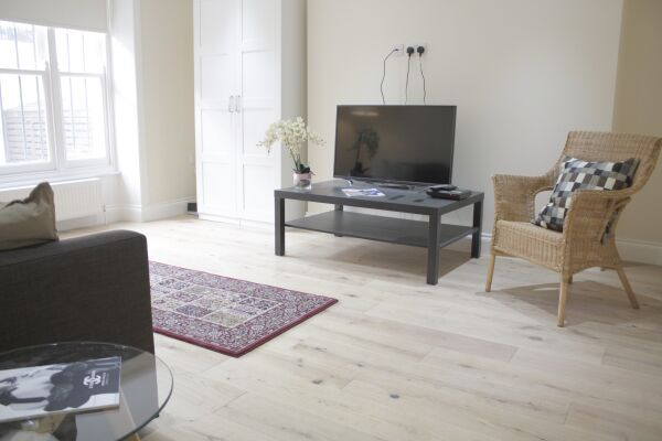 Living Area, Oxford Garden Serviced Apartments, London