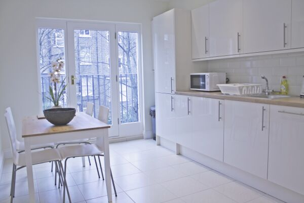 Kitchen, Oxford Garden Serviced Apartments, London