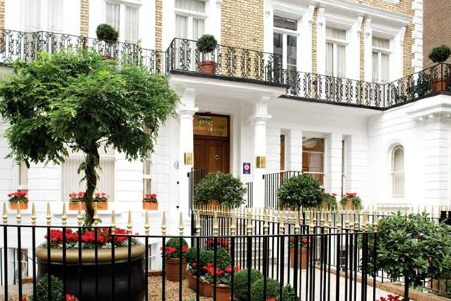 Beaufort House - Knightsbridge, Central London