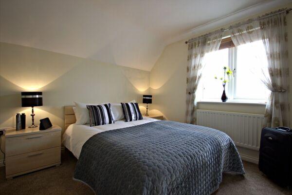 Bedroom, Spring House Serviced Apartments, Basingstoke
