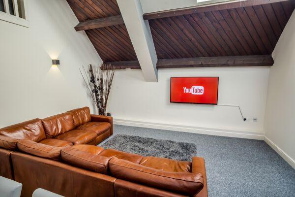 Living Area, Water Street Serviced Apartment, Huddersfield
