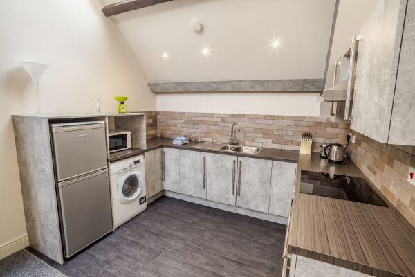 Kitchen, Water Street Serviced Apartment, Huddersfield