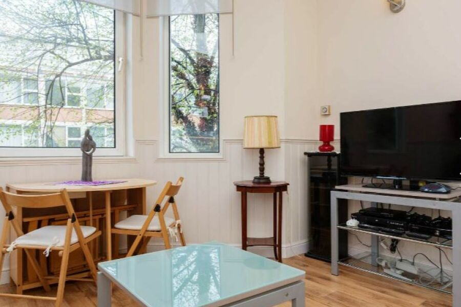 Sinclair Gardens Apartment - Shepherd's Bush, West London