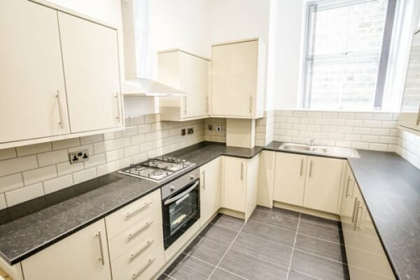 Kitchen, Apollo Serviced Apartments, Huddersfield