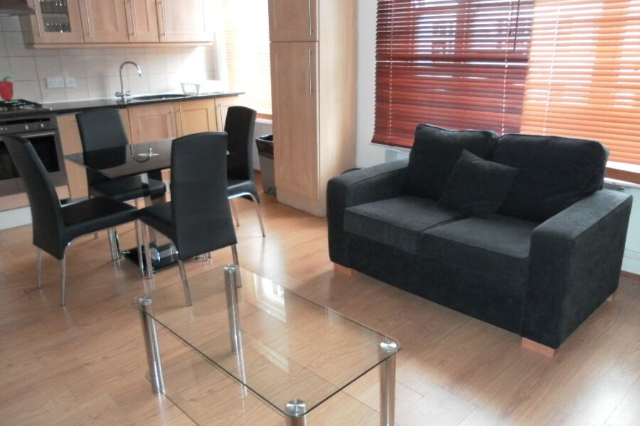 Longridge Road Apartments - Earls Court, Central London