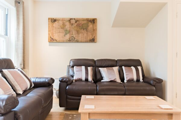 Living Area, Abbey Street House Serviced Accommodation, Cambridge