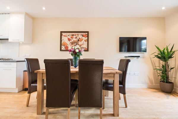 Dining Area, Abbey Street House Serviced Accommodation, Cambridge