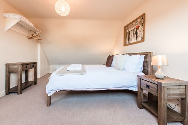 Bedroom, New Street House Serviced Accommodation, Cambridge