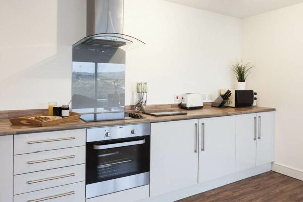 Kitchen, The Coliseum Serviced Apartments, Cheltenham
