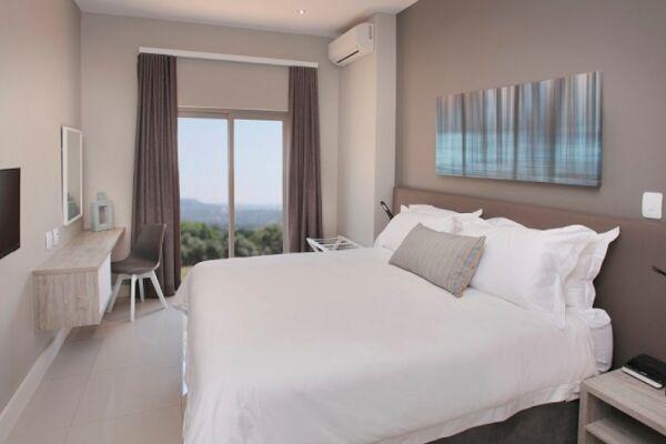 Bedroom, Bath Avenue Serviced Apartments, Johannesburg
