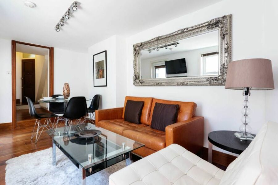 Dalling Road Apartment - Hammersmith, West London