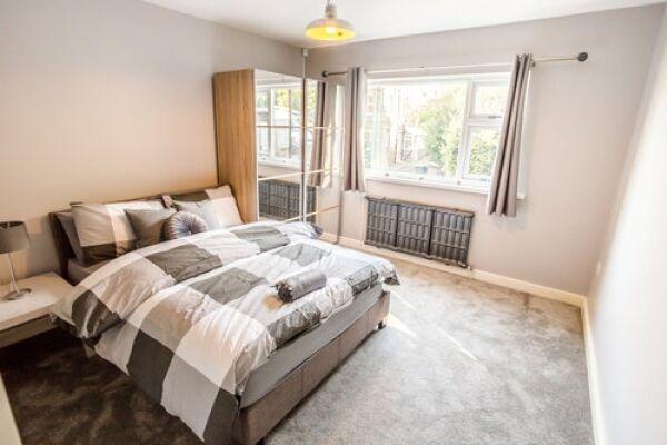 Bedroom, Sunnyside Serviced Accommodation, Huddersfield