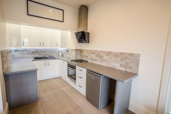 Kitchen, Portland Street Serviced Apartments, Huddersfield