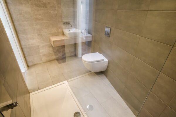 Bathroom, Portland Street Serviced Apartments, Huddersfield