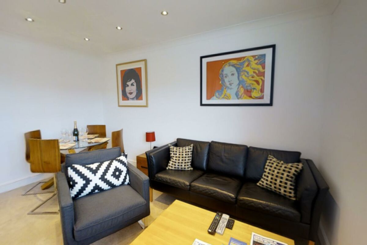 Living Area, Coronation House Serviced Accommodation, Cambridge