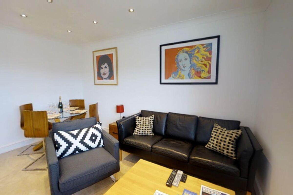 Living Area, Coronation House Serviced Accommodation, Cambridge