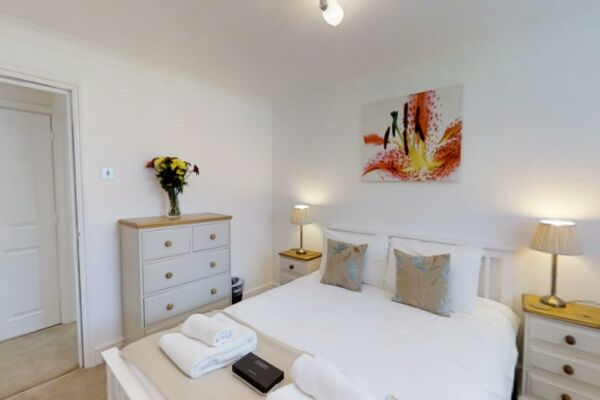 Bedroom, Coronation House Serviced Accommodation, Cambridge