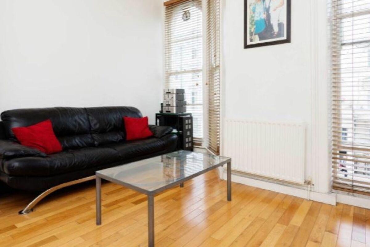 Living Area, Portobello Pad Serviced Apartment, Notting Hill