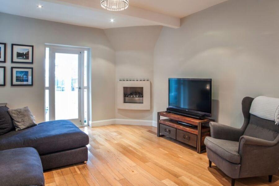 Grand Drive Accommodation - Wimbledon, West London