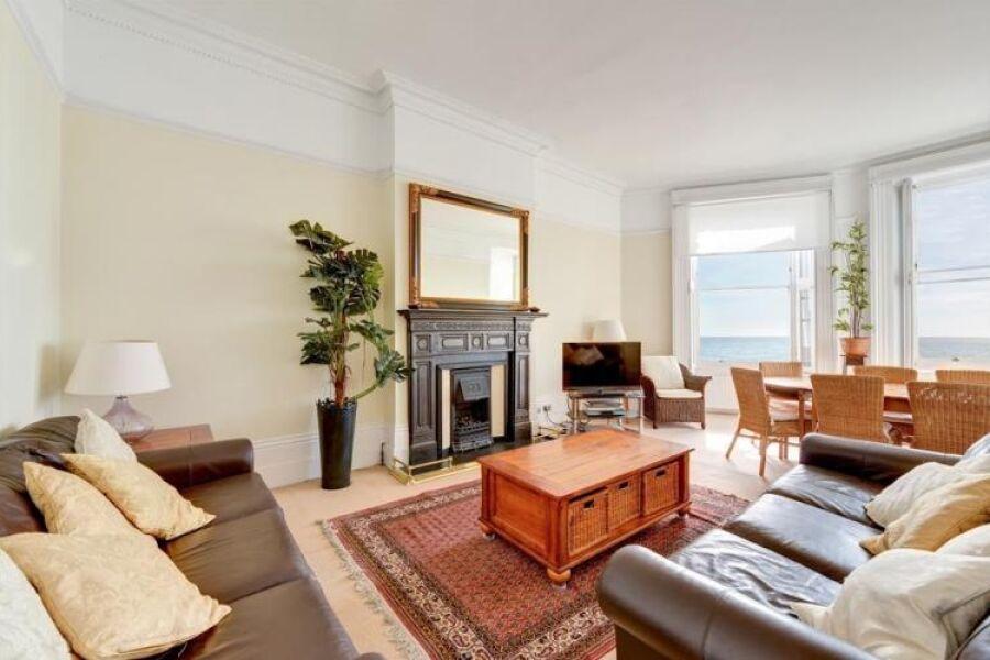 Marine Views Apartment - Brighton, United Kingdom