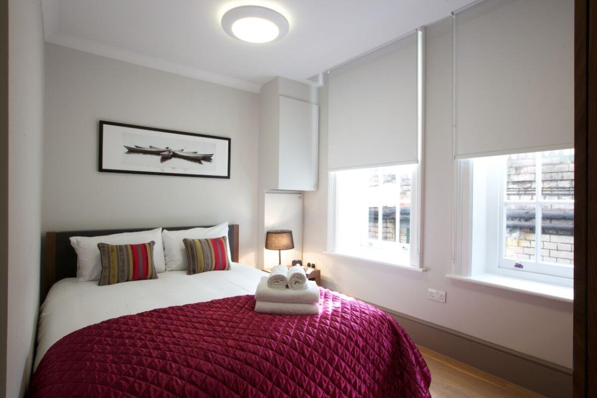 Bedroom, New Cavendish Street Serviced Apartments, Fitzrovia, London